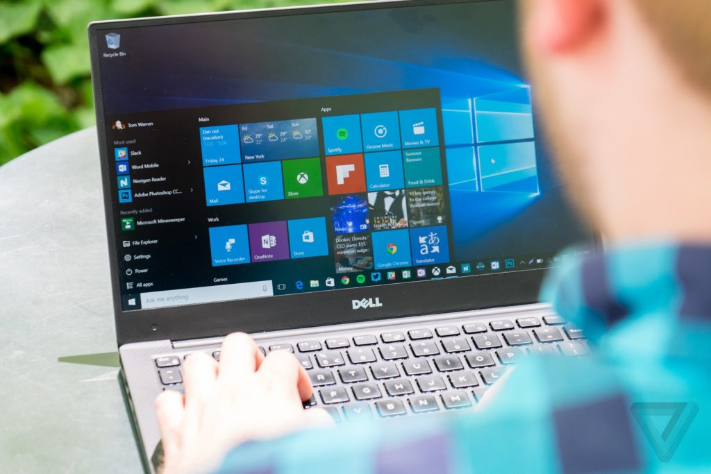 How to use the Windows 10 new power throttling function to